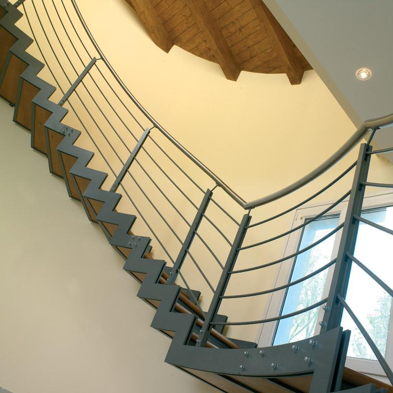 Scale interne ferro new museum scale interne in cemento e - Costruzione scale interne ...